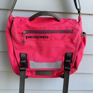 PATAGONIA Pink Canvas Messenger Bag
